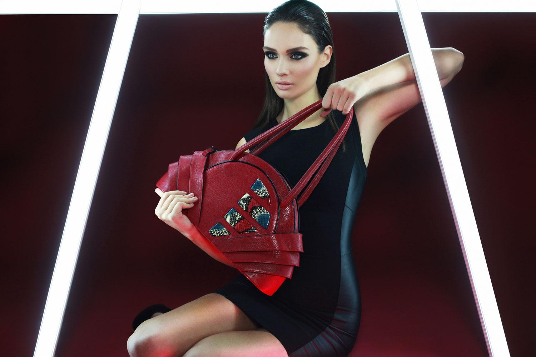 Iris shoulder bag m